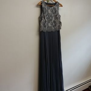 NWT SLNY Pleated/Lace Gown